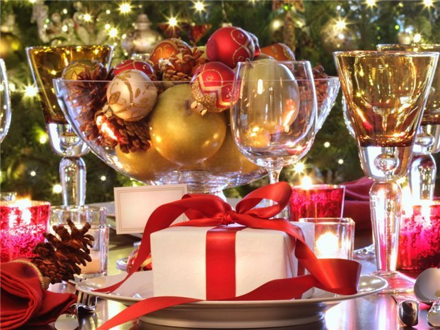 21c84b3b19576cc482579089066ef56f - С Новым годом !!!