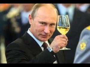 hqdefault 300x225 - Путин поздравляет